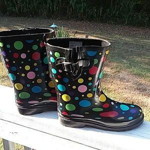 3/$25 Rainboot in a cute poka dot pattern